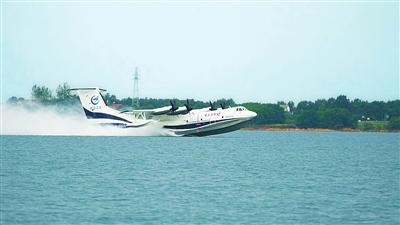 11月6日—11日,第十二届中国航展将在珠海国际航展中心举行.